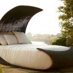 Outdoor daybeds… good night or good day?