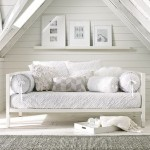 Daybeds – West Elm highlights
