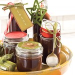 Easy Homeade Christmas Goodies to Give as Gifts