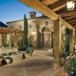 Guest Blogger: Creative & Inspiring Options for your Courtyard