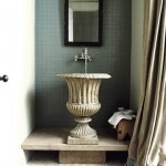 Guest Blogger: How to Choose the Right Storage for your Powder Room