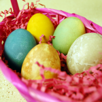 How to Dye your Easter Eggs with All Natural Ingredients – Food!