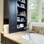 Simple Tips for Reorganizing your Cluttered Bathroom