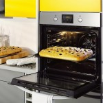 Guest Blogger: Pyrolytic Ovens – A Worthwhile Investment for your Kitchen?