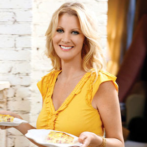 sandra lee head shot