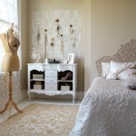 Guest Blogger: Transforming Your Bedroom with Vintage Decor