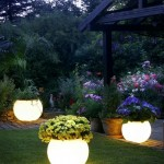 Guet Blogger: Simple Outdoor Garden Lighting Ideas