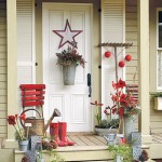 How to Add Holiday Color to Your Front Door