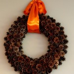 DIY Saturday #127 – How to Make Holiday Pine Cone Wreaths (Video)