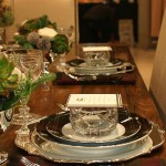 How to Create an Unexpected Dinner Party Table Setting