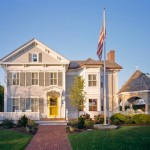 Guest Blogger: How to Choose the Right Flagpole for your Outdoor Home