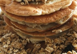Sunday Homemade Granola Pancakes Recipe