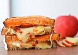 Gourmet Grilled Cheese & Apples Sandwich Recipe