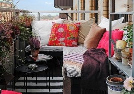 How to Decorate with Color in your Tiny Apartment Patio
