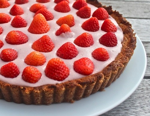 Father's Day Picnic Dessert: Strawberry Mint Pie Recipe