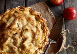 Old Fashioned Favorite: Homemade Apple Pie Recipe