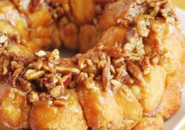 Sunday Brunch: Pecan Praline Glazed Bread Recipe