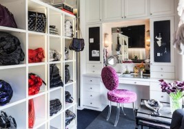 How to Maximize Space in your Wardrobe Closet
