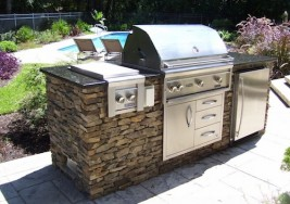 DIY Tips For Cleaning Your BBQ Grill This Summer