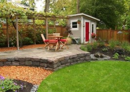 Guest Blogger: 5 Helpful Tips for Organizing your Backyard