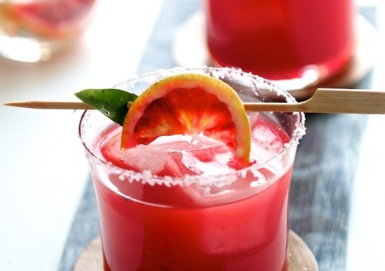 Welcome the Weekend: Sherry Grapefruit Cocktail Recipe