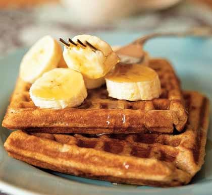 Homemade Cinnamon Banana Waffles Recipe