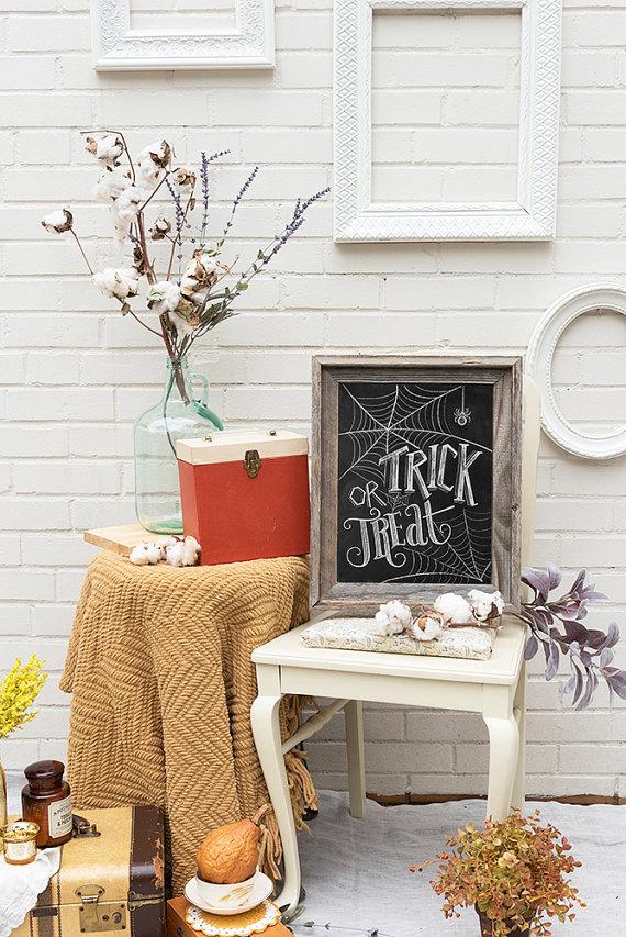 halloween crafts chalkboard