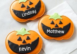 Creative Halloween Treats: Sugar Cookies with Royal Icing Recipe