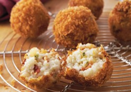 Southern Breakfast: Bacon & Grits Fritters Recipe