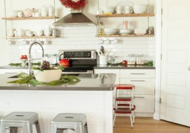 DIY Sat. 169 – Declutter Your Home for the Holidays (Video)
