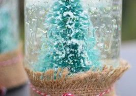 DIY Craft Idea: How To Make Winter Snow Globes