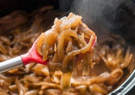 Thanksgiving Favorite: Caramelized Onions With Herbs Recipe