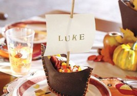Creative Thanksgiving Kids' Table Ideas