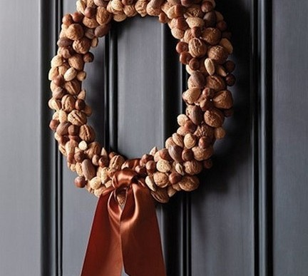 DIY Sat. 168 – Making a Thanksgiving Nut or Natural Wreath (Video)