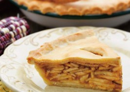 Classic Christmas Apple Pie Recipe