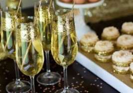 New Years Eve Party Ideas: Dress Up your Party Glasses