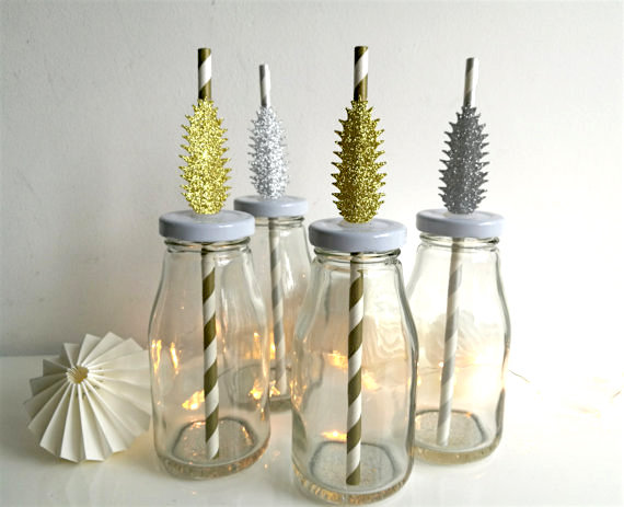 holiday-entertaining-decorative-straws