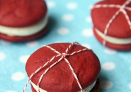 Valentines Day Red Velvet Whoopie Pies Recipe