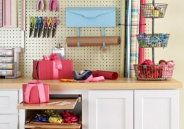 Easy Ways to Organize Holiday Gift Wrapping Supplies