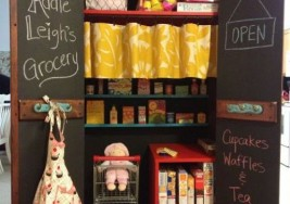 DIY Kitchen Ideas for Kids Play Mini Pantries