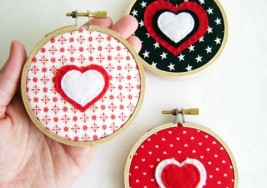 Easy DIY Valentine's Day Wall Art Ideas
