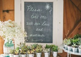 Creative Wedding Favors Your Guests Can Use Later