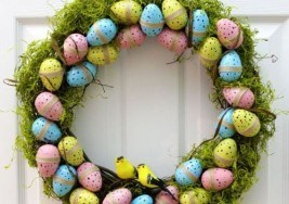 DIY Craft Idea: Playful Easter Wreath Ideas