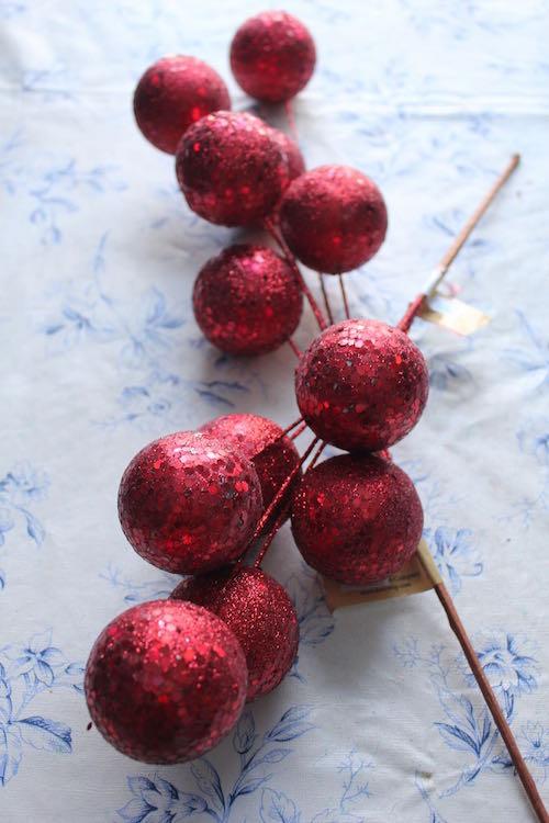 8-Decorative_Ornaments