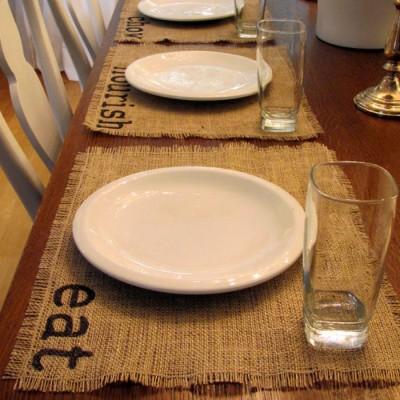 Thanksgiving DIY: How to Make Beautiful Burlap Placemats