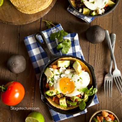 .Healthy Mexican Recipe: Easy Huevos Rancheros