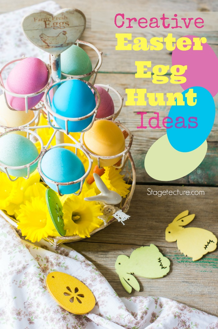 Rustic easter holiday concept with easter bunny and eggs