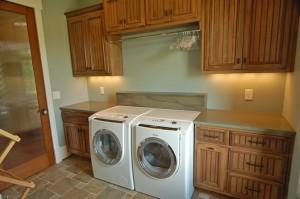 laundry mciver