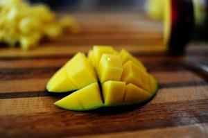 mango salsa_mango_Pwoman