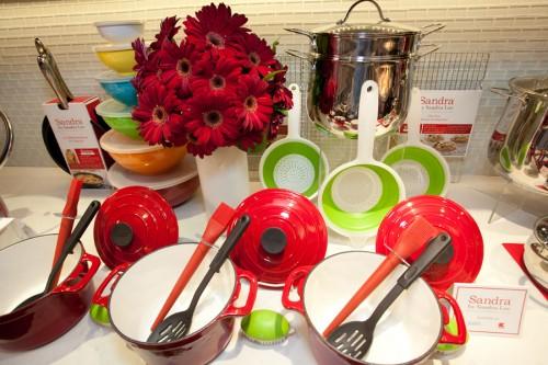 Sandra cookware